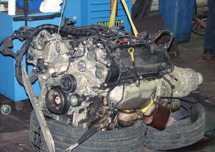 Серьезный американский агрегат, как оказалось впоследствии, вышел из строя и заклинил из-за дефекта «копеечной» детали